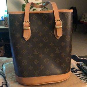 Louis Vuitton Monogram Bucket Shoulder Bag